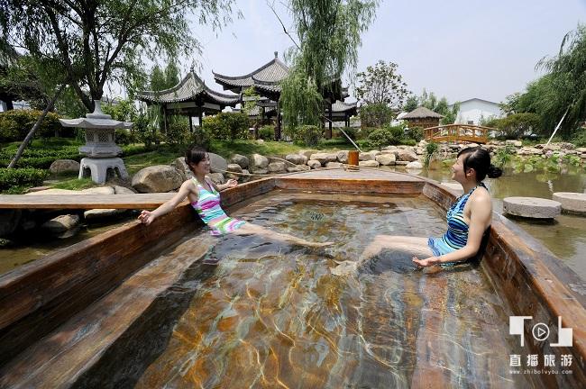 <span>智圣汤泉旅游度假村——龙舟池</span>